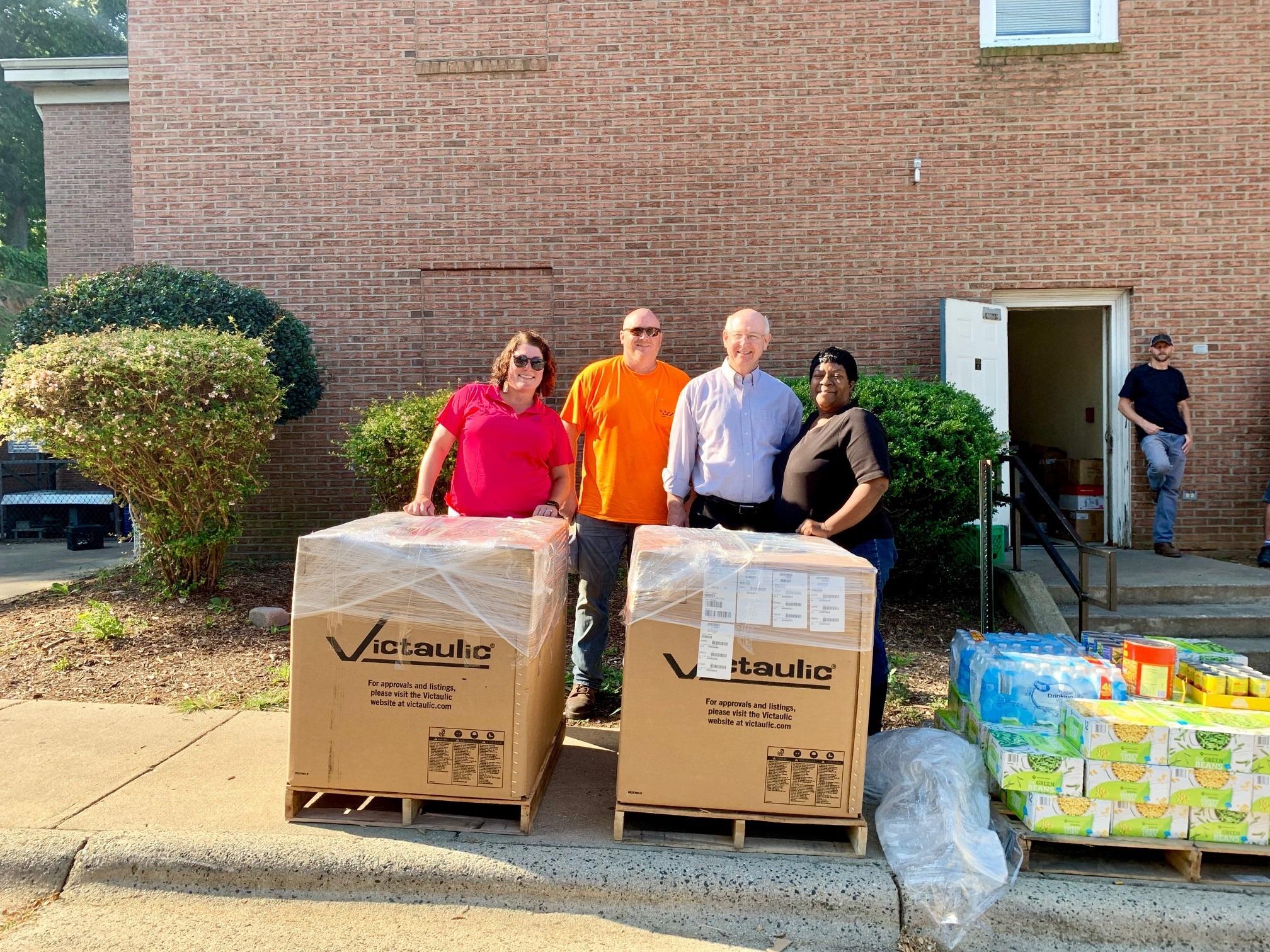 Sunland donates pallets of food